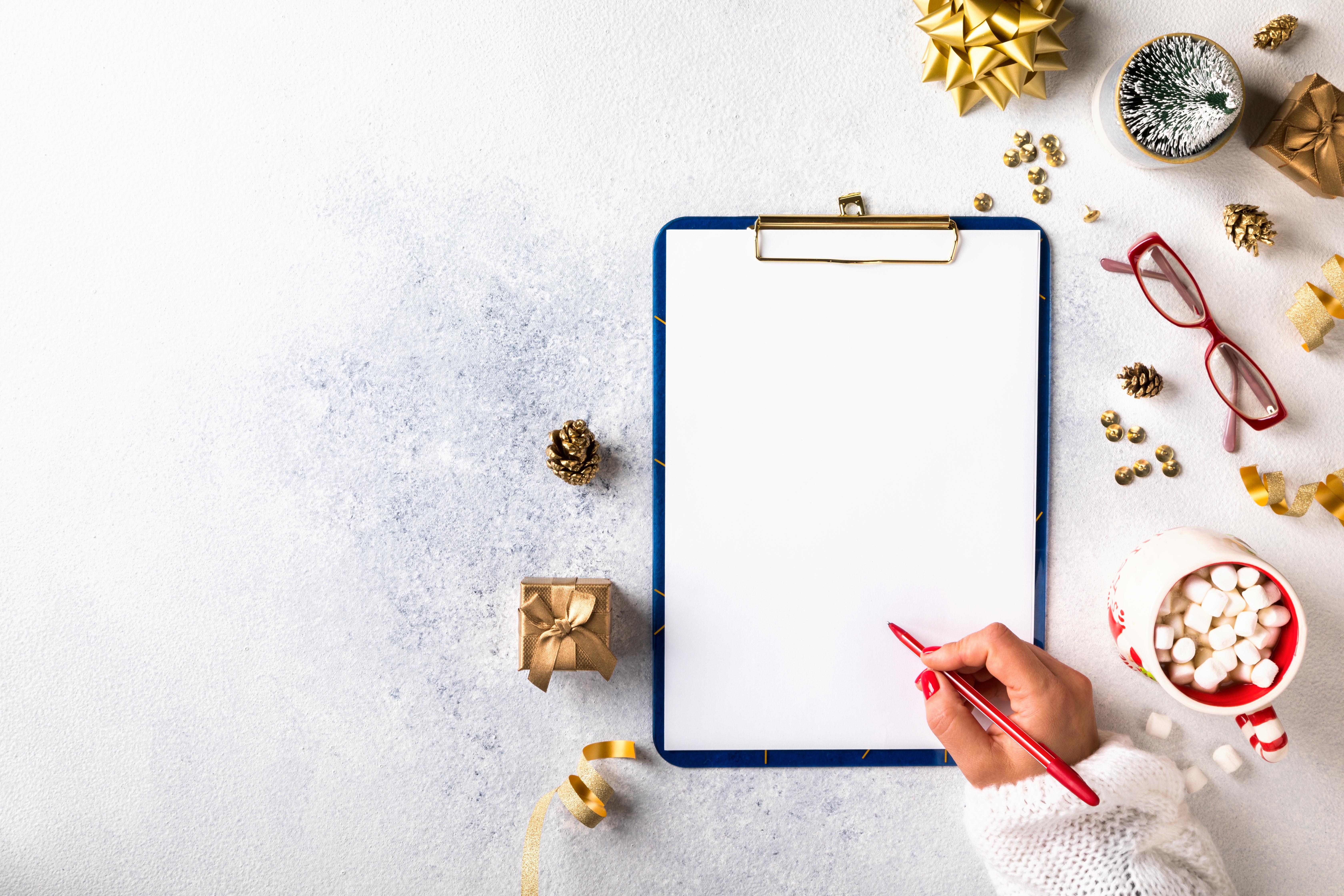 new-year-goals-plans-action-business-motivation-CVHGJ84